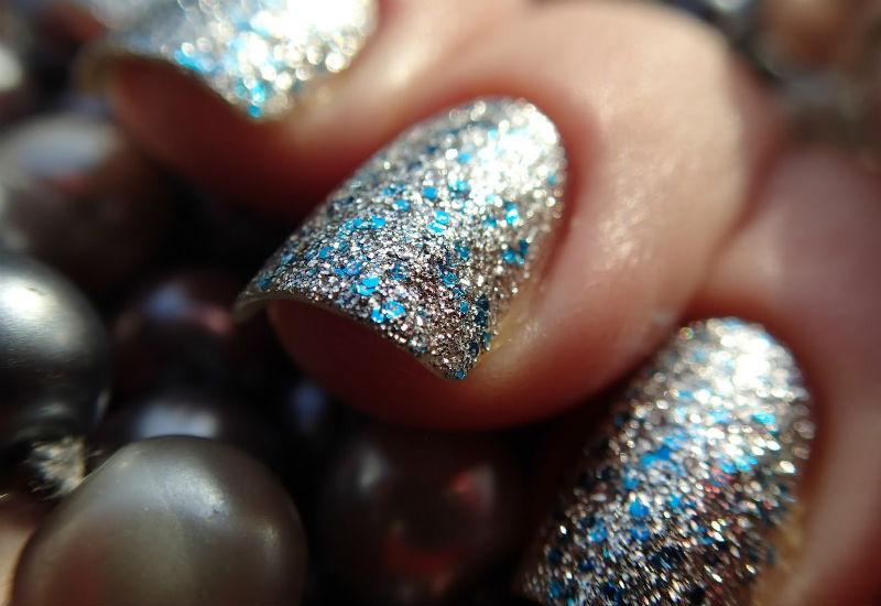Как сделать на ногтях звездочки