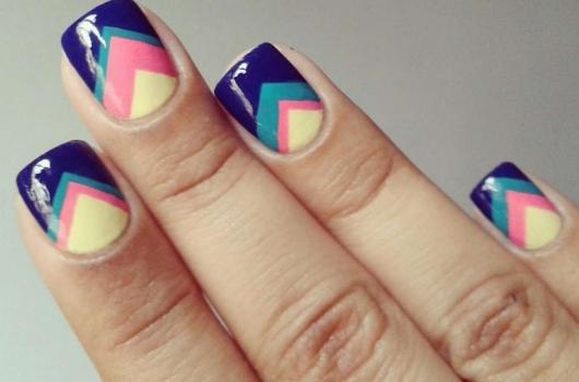 yarkij-manicure-17