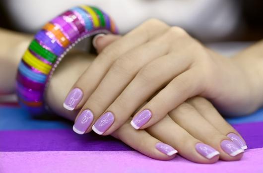 yarkij-manicure-18
