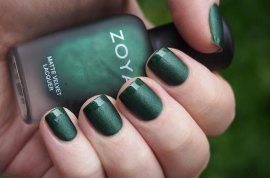 yarkij-manicure-23