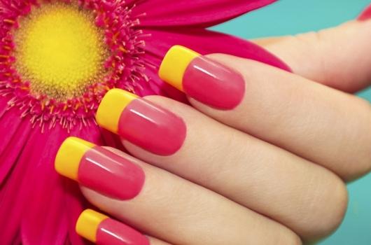 yarkij-manicure-4
