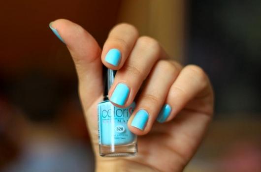 yarkij-manicure-8
