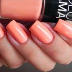 Естественный маникюр в персиковых тонах
