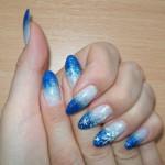 Растяжка синими блестками