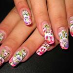 Расписные цветы на ногтях