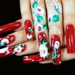 Китайские розы в маникюре