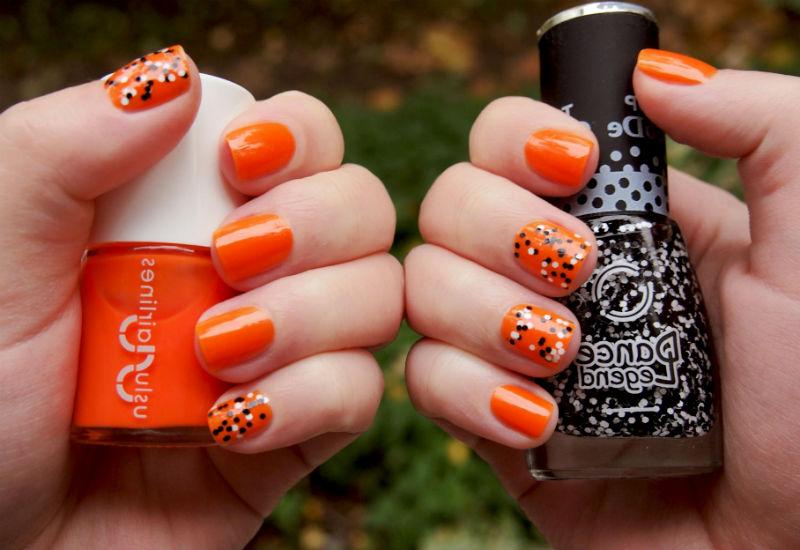 Яркий осенний маникюр в оранжевых тонах