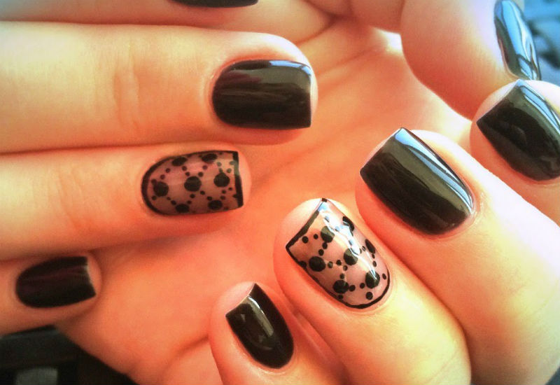 Фото дизайна ногтей с рисунком на френче 28