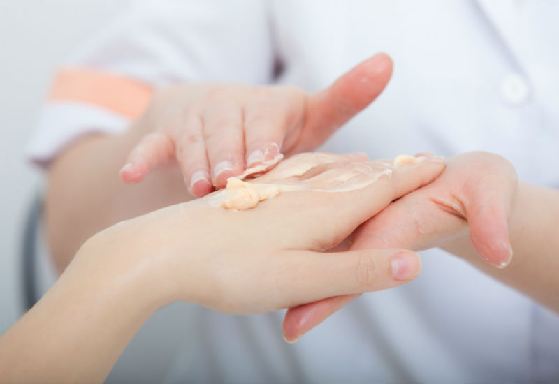 Крем как завершение обработки ногтей