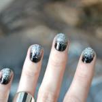 Черный маникюр с серебряными блестками