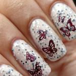Яркие бабочки в маникюре с блестками