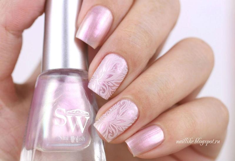 Серебряный с розовым маникюр фото