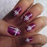 Белые бантики на ногтях