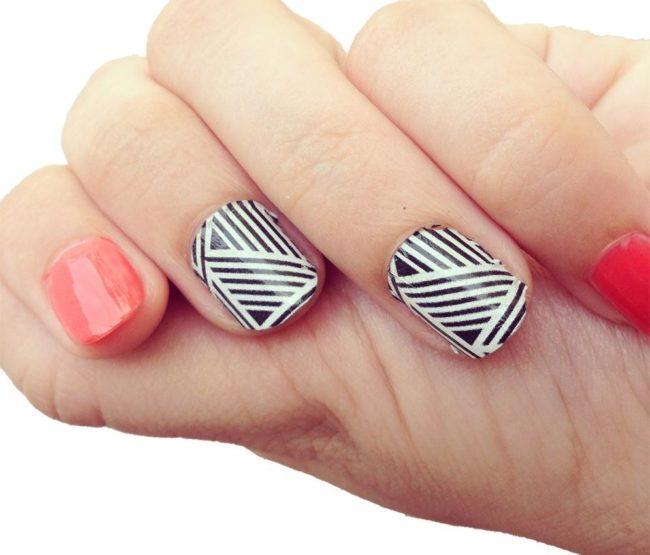 Геометричный слайдер дизайн для ногтей.