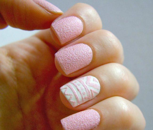 Дизайн ногтей акриловым бархатный песок.