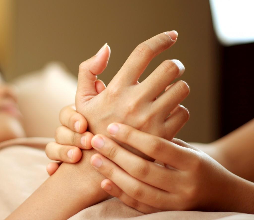Технология массажа рук при маникюре
