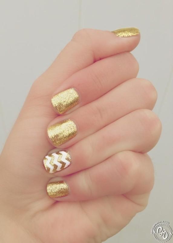 Золотые ногти - красота!