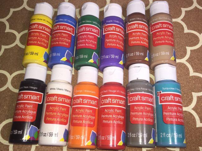 Набор акриловых красок для дизайна ногтей.