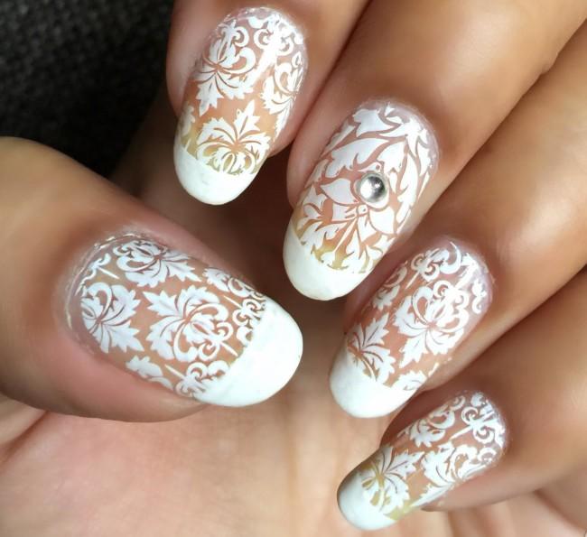 Френч и кружевной дизайн ногтей.