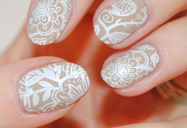 Кружевной дизайн ногтей для свадьбы.