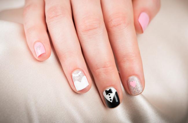 Оригинальный свадебный дизайн ногтей для невесты.