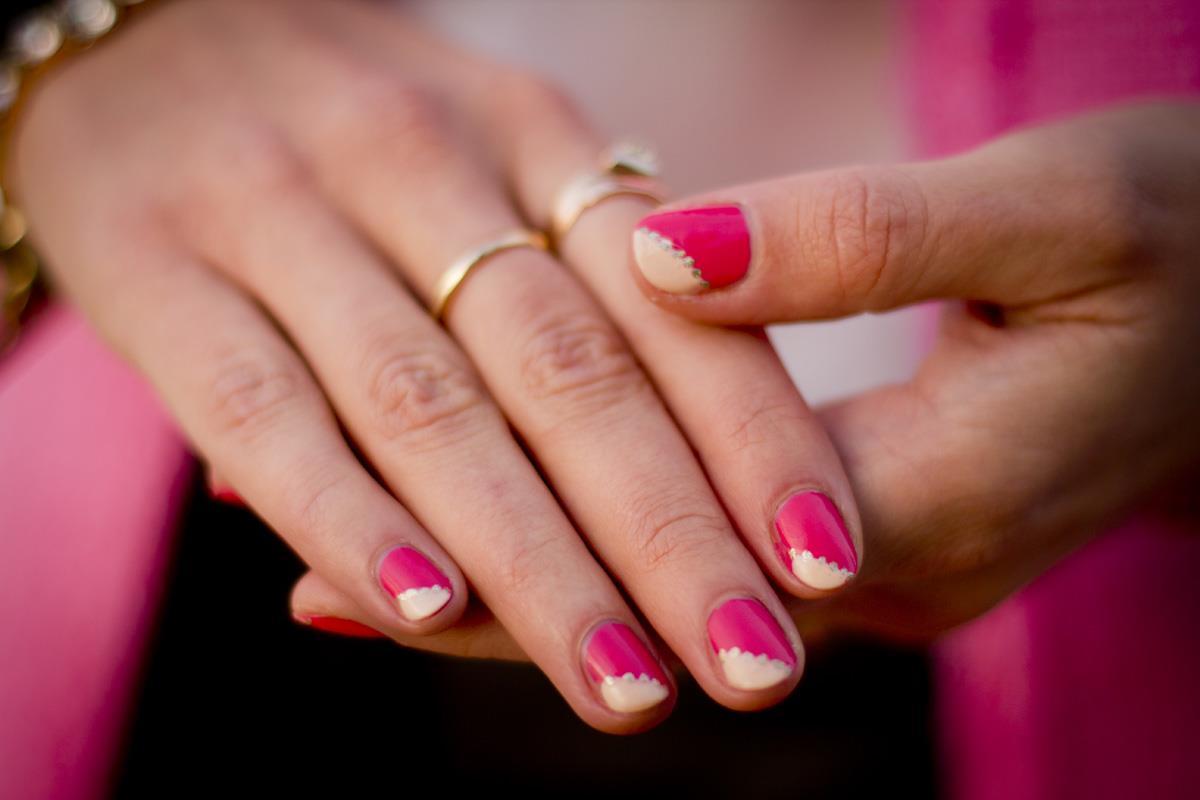 Маникюр очень простой на короткие ногти