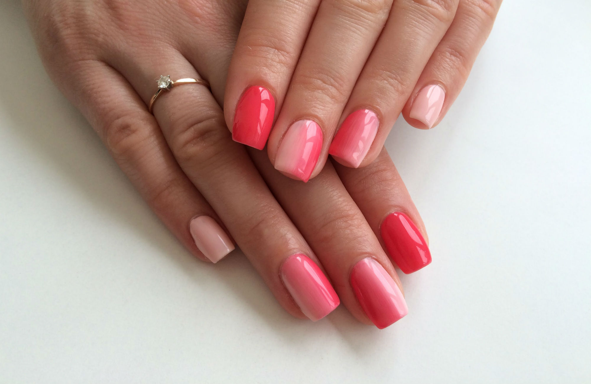 Дизайн блестками на ногтях видео