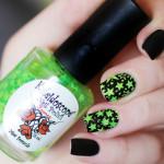 Яркий дизайн ногтей со звездочками
