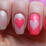 Маникюр для девочки с сердечками